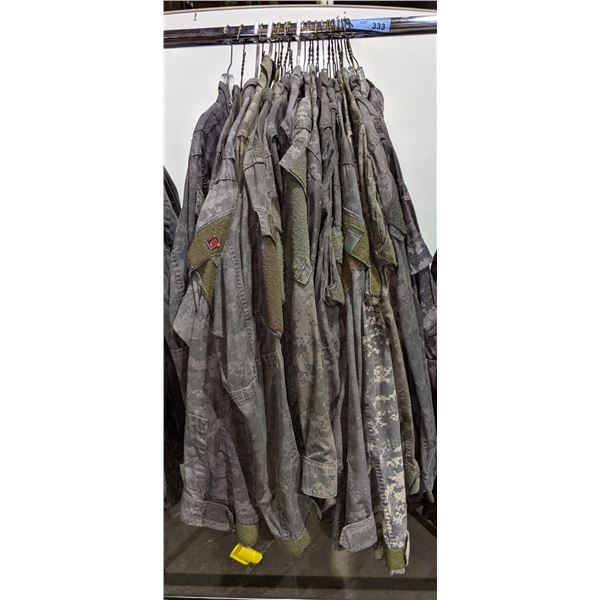 Approx. 25 digital camo jackets from the Sci-Fi show