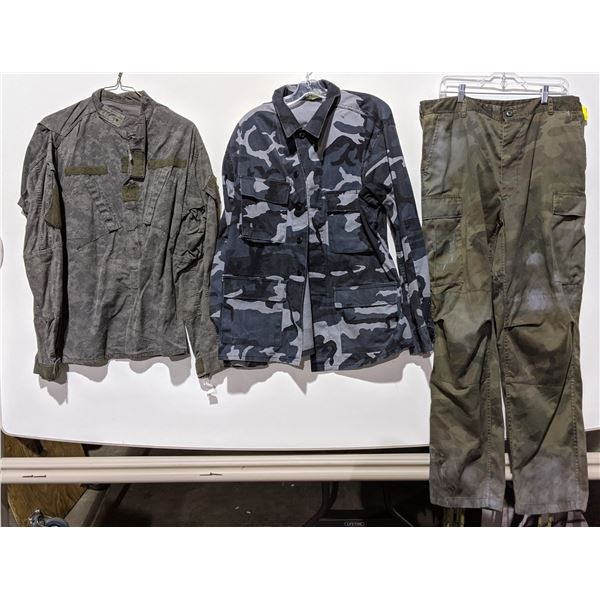Rack of digital camo jackets and pants from the Sci-fi show - approx. 70 pieces