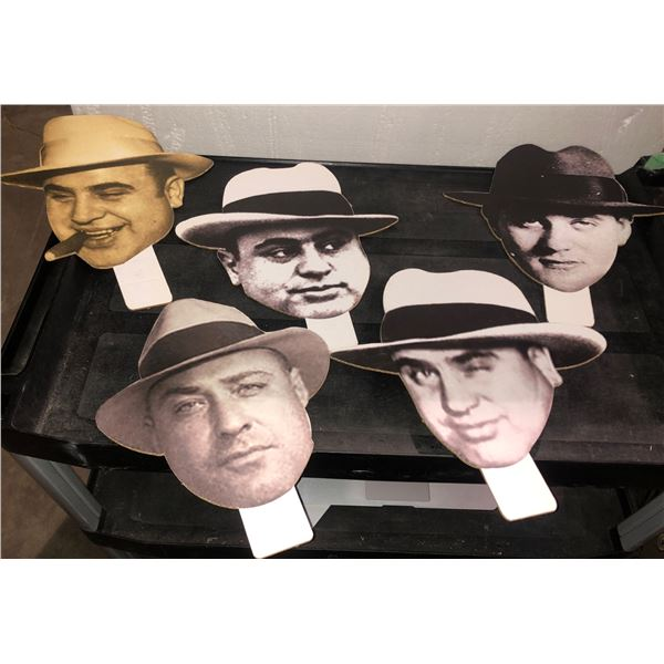 Al Capone and other gangsters head cutouts