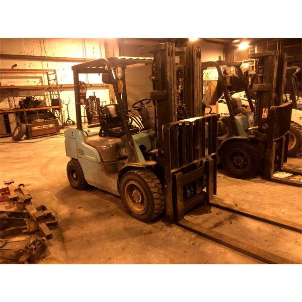 2006 MITSUBISHI  FD30N Forklift - Mast