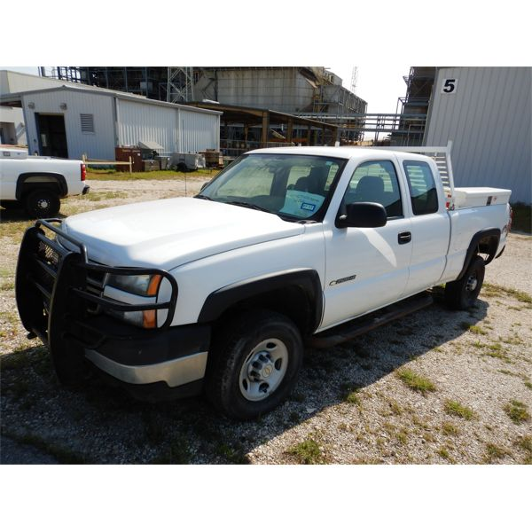 2007 CHEVROLET 2500HD Pickup Truck