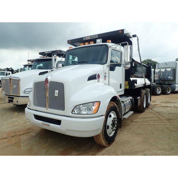 2021 KENWORTH T370 Dump Truck
