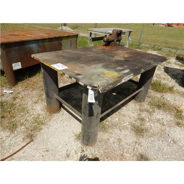 METAL SHOP TABLE W/ VISE, 6' x 4' x 3'