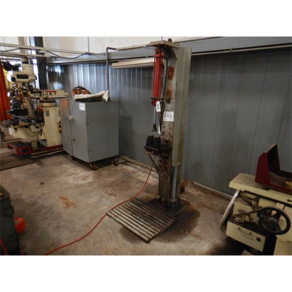 SHOP BUILT HYD PRESS/BENDER Shop Equipment