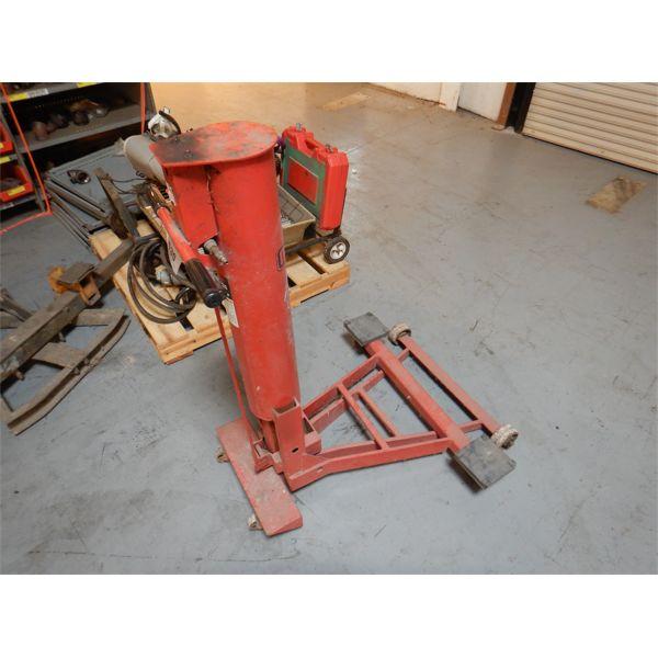 NORCO 82920 LOW PROFILE AIR LIFT JACK Shop Equipment