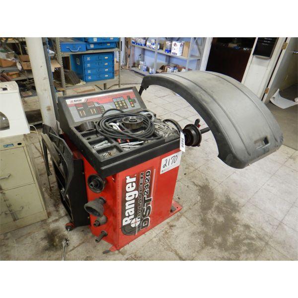 2013 RANGER DST2420 WHEEL BALANCER Shop Equipment