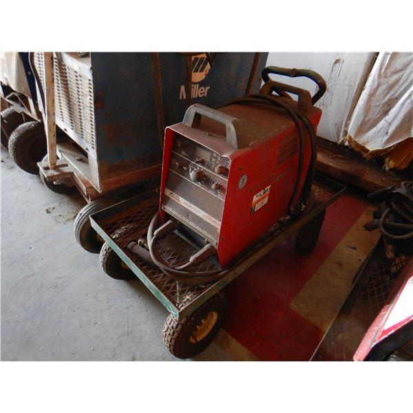 LINCOLN INVERTEC V300 PRO WELDER Welding Equipment