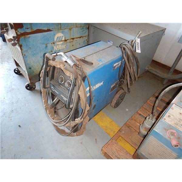 MILLER MILLERMATE 252 WELDER Welding Equipment