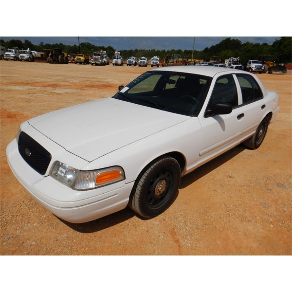 2006 FORD CROWN VICTORIA Automobile