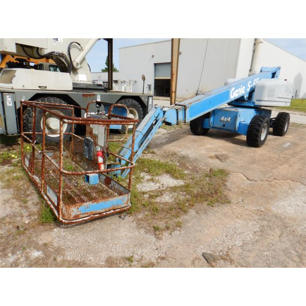 2002 GENIE  S65 Manlift