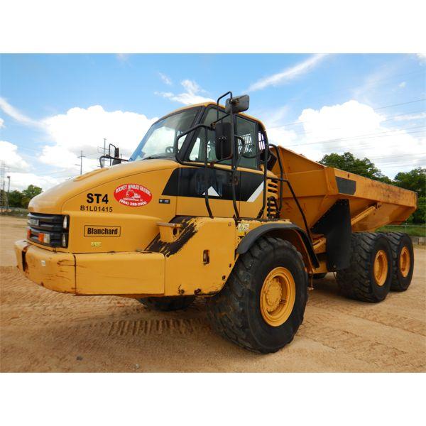 2007 CAT 725 Articulated Truck