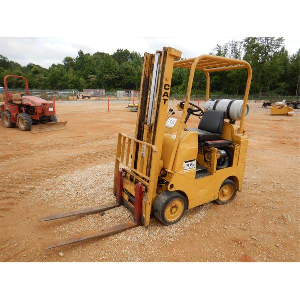 CAT TC30 Forklift - Mast