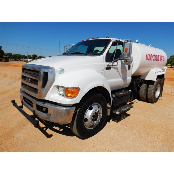 2012 FORD F750 Water Truck