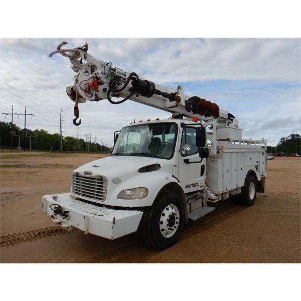 2009 FREIGHTLINER BUSINESS CLASS M2 Digger Derick Truck