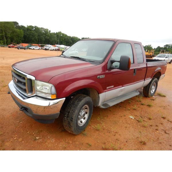 2004 FORD F250 XLT Pickup Truck