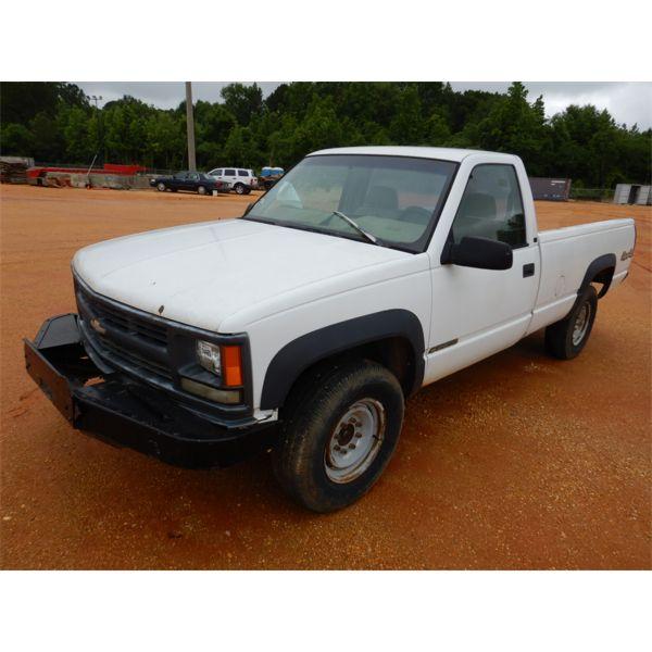 1998 CHEVROLET 2500 Pickup Truck