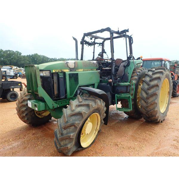 2013 JOHN DEERE 7810 Farm Tractor