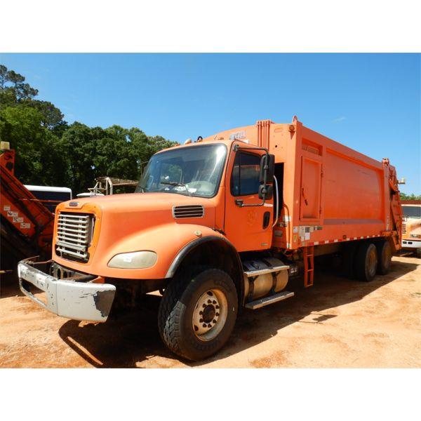 2008 FREIGHTLINER M2 Garbage / Sanitation Truck