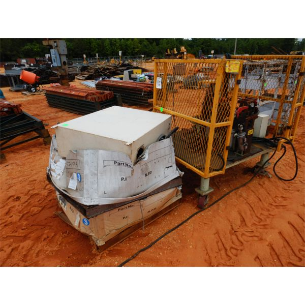 (2) PALLETS AUTOMATIC WELDING GIGS (B9)