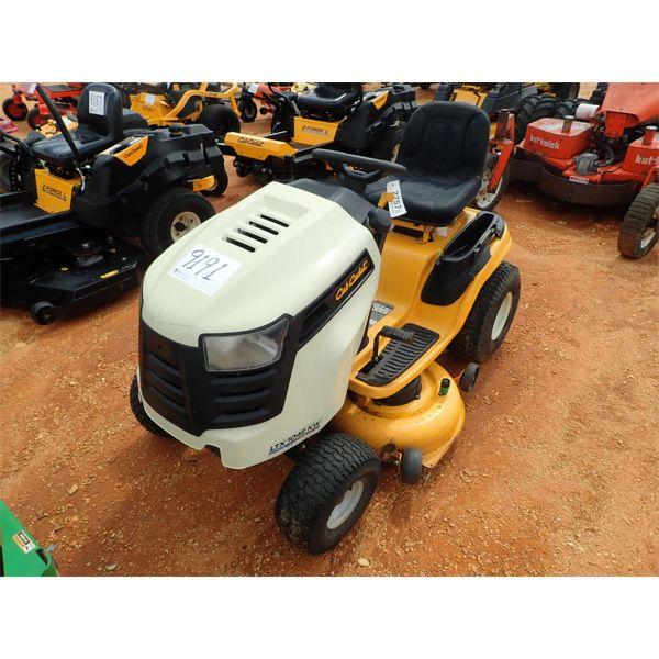 CUB CADET LT1042 Lawn Mower