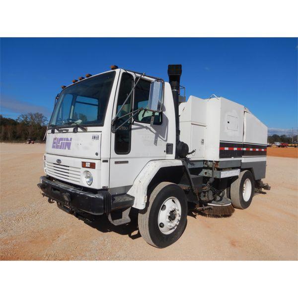 2002 ELGIN EAGLE SERIES F Sweeper Truck