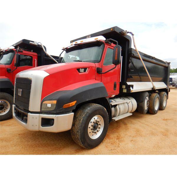 2015 CAT CT660S Dump Truck