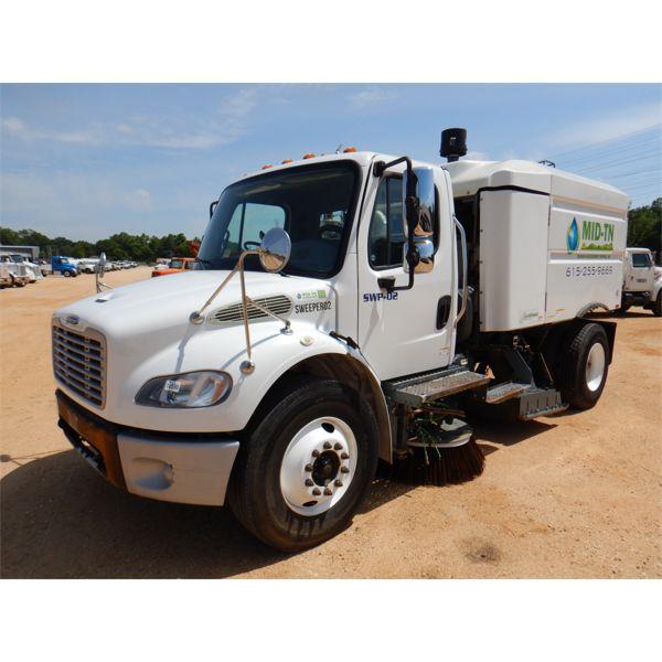 2015 FREIGHTLINER M2 Sweeper Truck