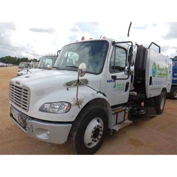 2014 FREIGHTLINER M2 Sweeper Truck