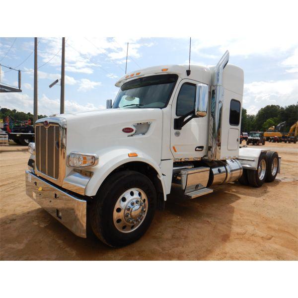2021 PETERBILT 567 Sleeper Truck