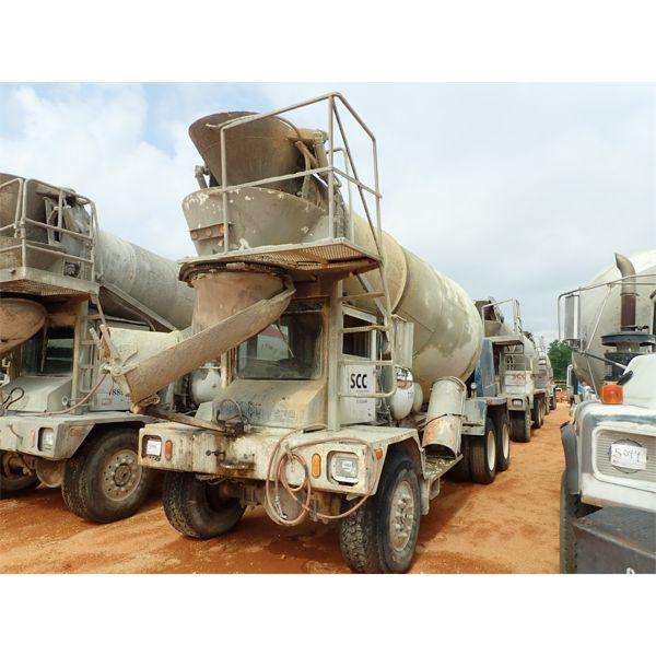 1999 ADVANCE  Concrete Mixer / Pump Truck
