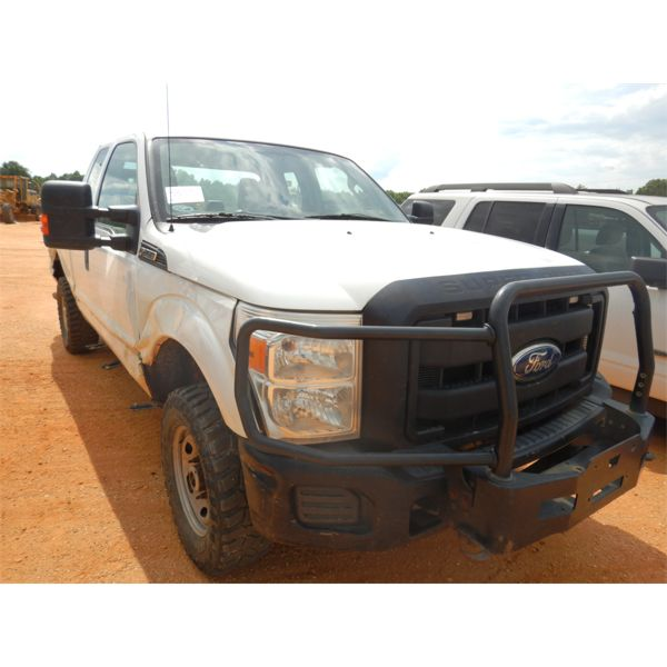 2011 FORD F250 XL Pickup Truck
