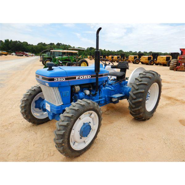 FORD 3910 Farm Tractor