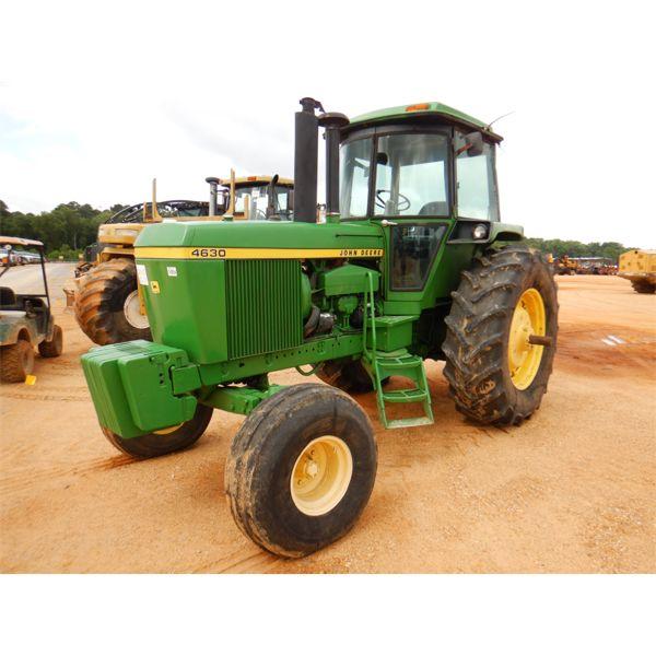 JOHN DEERE 4630 Farm Tractor