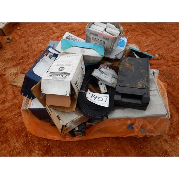 (1) PALLET MISC SPEAKERS, CASK BOXS (B9)