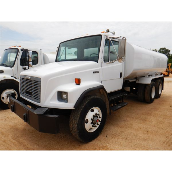 1998 FREIGHTLINER FL80 Water Truck