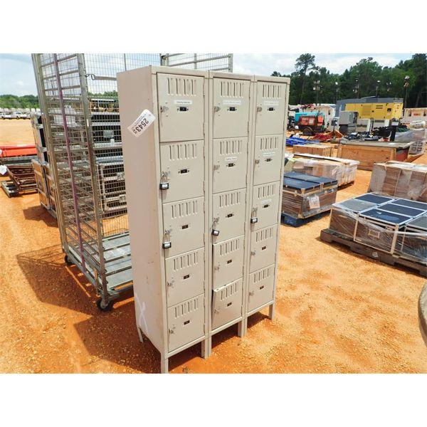 LOCKER CABINET, 15 COMPARTMENTS