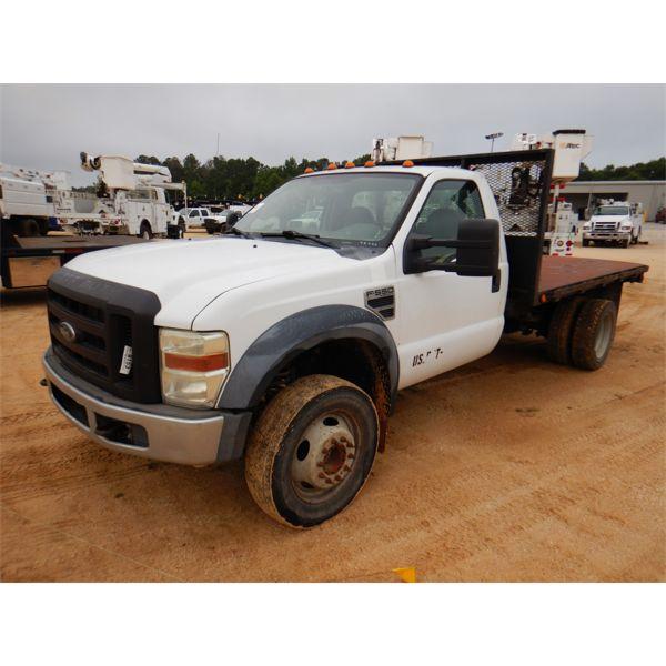 2009 FORD F550 XL Flatbed Truck