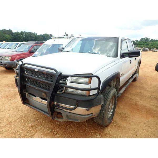 2005 CHEVROLET 2500 HD Pickup Truck