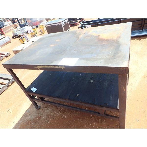 METAL TABLE (B-9)