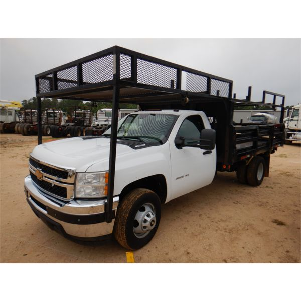 2014 CHEVROLET 3500 HD Flatbed Truck