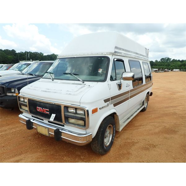 1993 GMC VANDURA 2500 Passenger Van