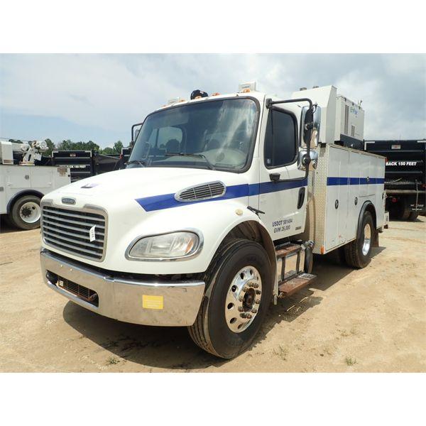 2012 FREIGHTLINER M2 Service / Mechanic Truck