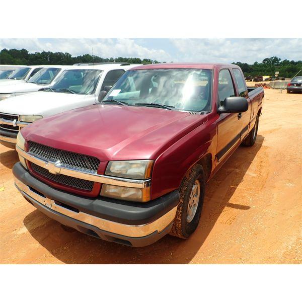 2004 CHEVROLET 1500 LS Pickup Truck