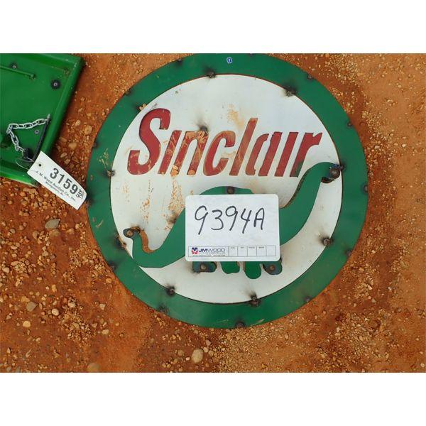 Sinclair Oil metal sign (C-6)