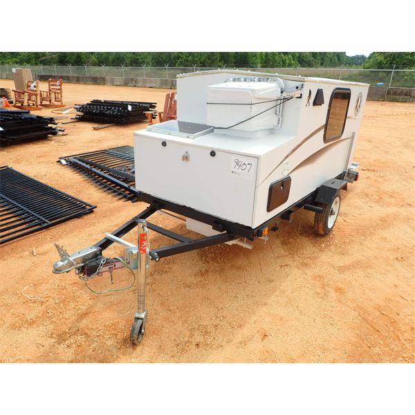 HOMEMADE CAMPER ON 4' X 8' TRAILER, SOLAR PANEL, A/C UNIT
