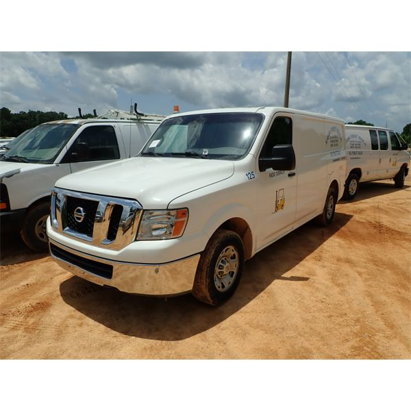 2013 NISSAN NV2500 Cargo Van