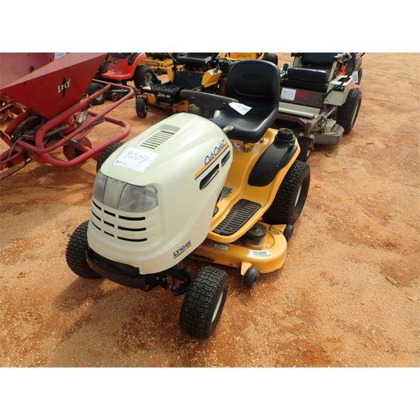 CUB CADET LT1046 Lawn Mower