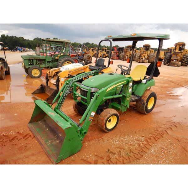 JOHN DEERE 2305 Farm Tractor
