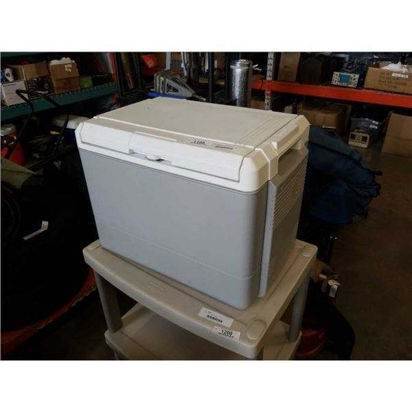 COLEMAN 12VOLT COOLER WITH CORD