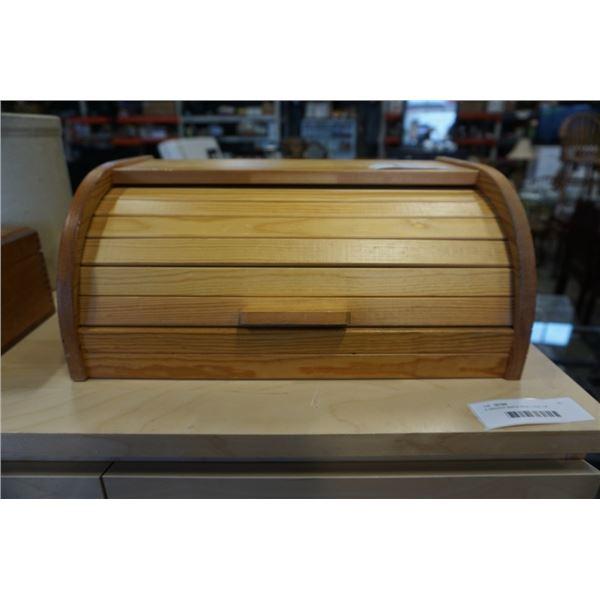 VINTAGE BREAD BOX ENGLISH LEATHER SOAP BARS